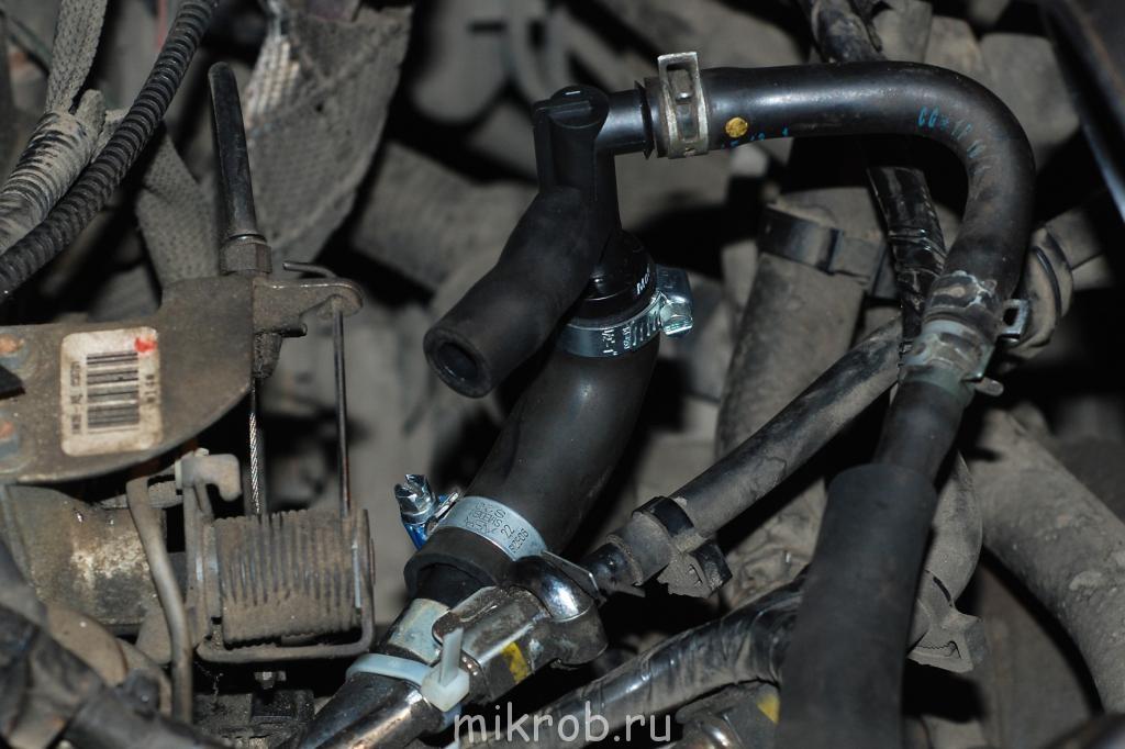 Mazda MPV DX. 2001. 2.5GY.