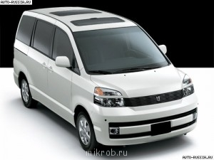 Фотографии нас и наших машин  - toyota_voxy_2.jpg
