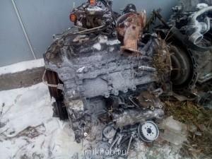 двигатель со всем навесным акпп в разбор.лопнула головка. ТНВД,Турбина,вакуумный насос выхлопной коллектор, пока есть всё. - DSC_0041.jpg