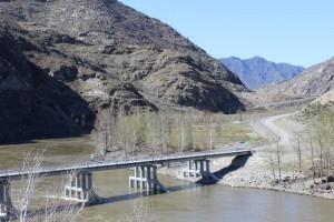 Мост через Катунь место - слияние Чуи и Катуни  - IMG_8945.JPG