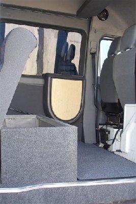 Переоборудование грузового фургона в грузопассажирский - 390.jpg
