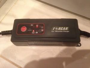 Зарядные устройства аккумулятора - форкар.jpg